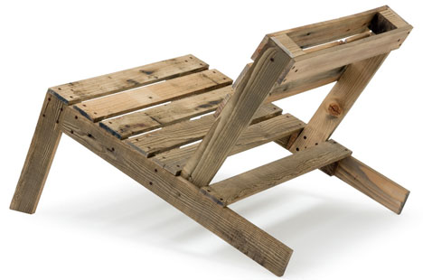 recycled-wood-pallet-chairfromforkliftfurnituredomob.com